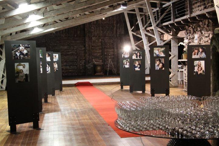 Sede de Inverno do Contry Club de Londrina com a Exposição Fotográfica Retrato de Mãe em 2010
