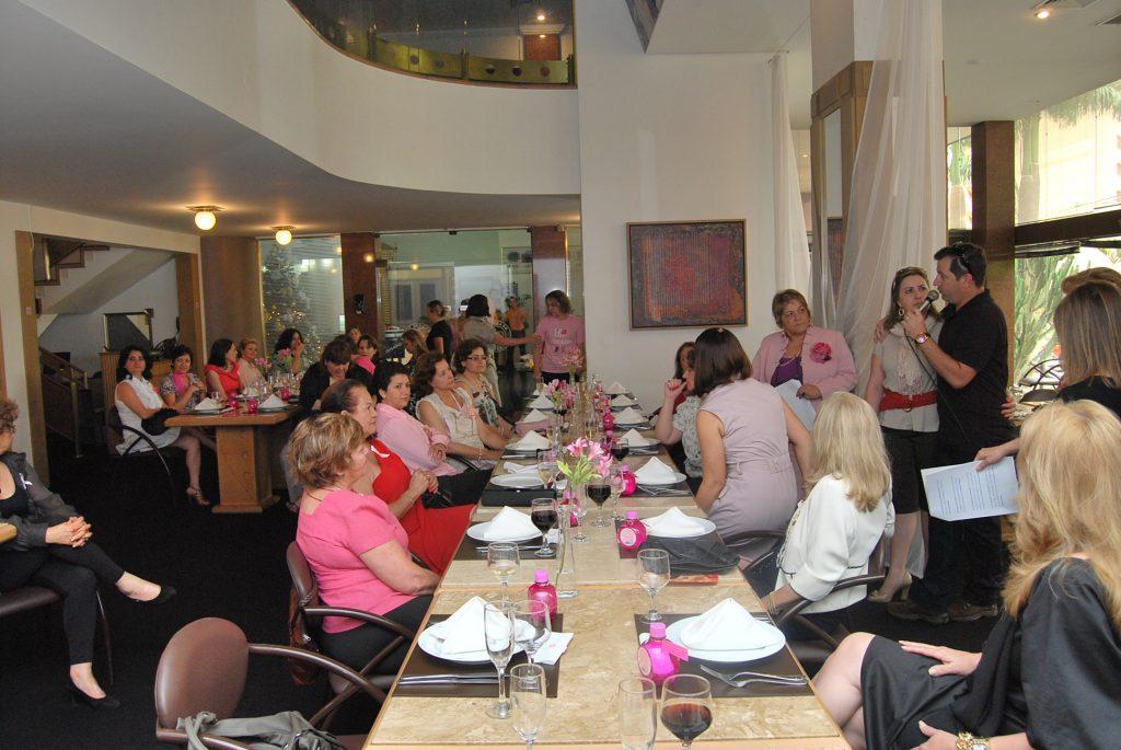 Almoço Outubro Rosa para Conselho da Mulher Empresária da Acil