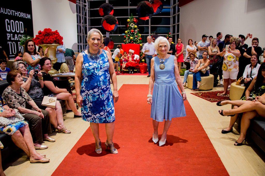 Desfile de Natal para Loja Feminina Scene no Boulevard Shopping